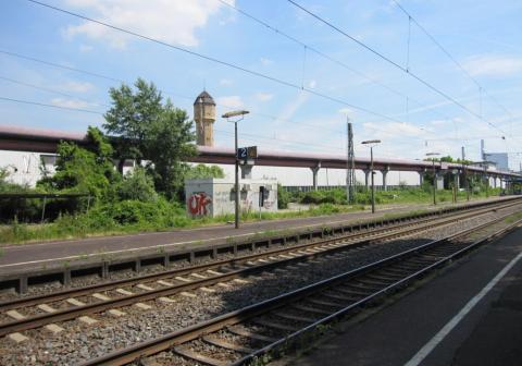 Kreuzung DB-Strecke Mannheim - Rastatt mittels Horizontalspülbohrung