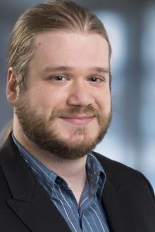 Portraitfoto Daniel Reckenthäler